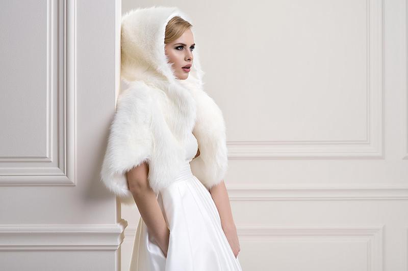 8375fb2f1d6e Pellicce  come abbinarle all abito da sposa  Il matrimonio d inverno ...